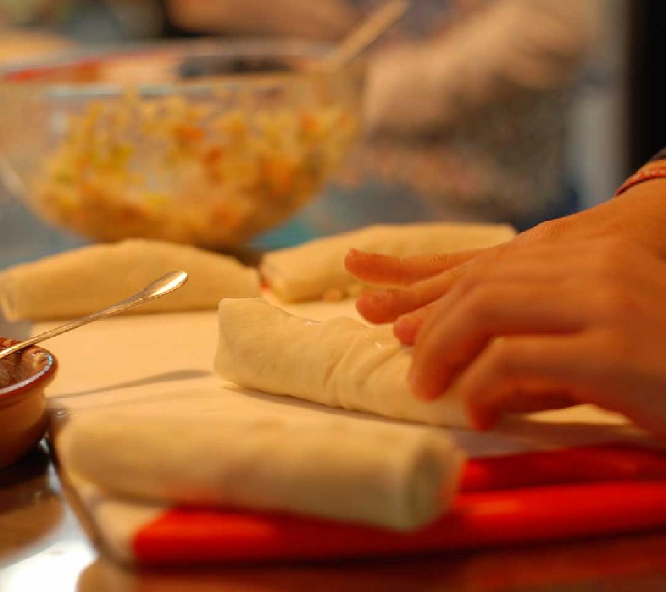 Taller de cocina infantil - rollitos primavera y platos asiáticos